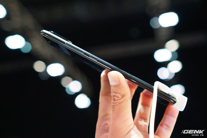 Xiaomi Mi A2, A2 Lite ra mắt: bộ đôi smartphone Android One giá chưa đến 6 triệu, thiết kế na ná iPhone X, cũng có camera AI - Ảnh 6.