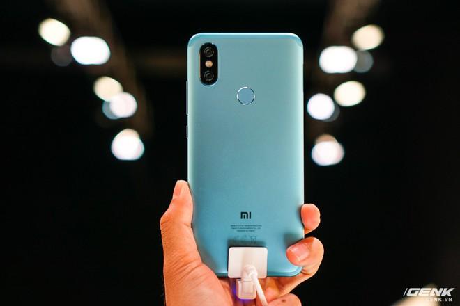 Xiaomi Mi A2, A2 Lite ra mắt: bộ đôi smartphone Android One giá chưa đến 6 triệu, thiết kế na ná iPhone X, cũng có camera AI - Ảnh 9.