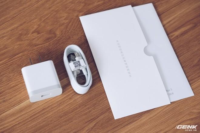 Mở hộp Xiaomi Mi Max 3 mới về VN: Màn hình lớn, pin trâu, giá gần 7 triệu đồng - Ảnh 3.
