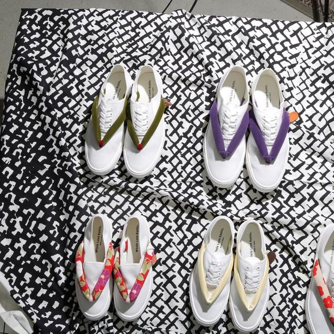 Khi bạn thích đi dép cho thoáng nhưng không thể rời xa sneakers, chắc chắn bạn phải mua mẫu giày này - Ảnh 9.
