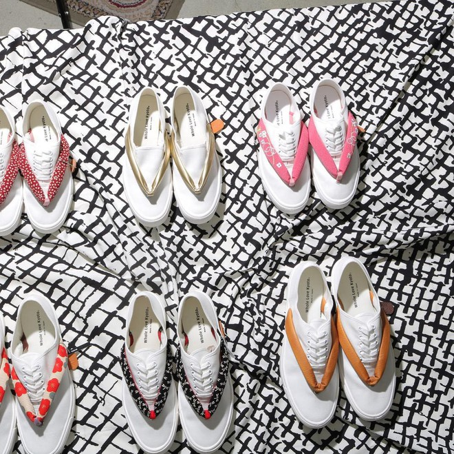 Khi bạn thích đi dép cho thoáng nhưng không thể rời xa sneakers, chắc chắn bạn phải mua mẫu giày này - Ảnh 10.