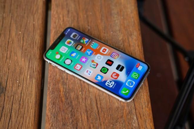 Hóa ra mức giá trên trời của iPhone X lại là chiến lược kinh doanh cực kỳ thông minh từ phía Apple - Ảnh 1.