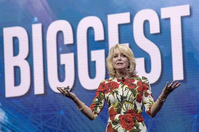Giám đốc điều hành (COO) của Google Cloud, Diane Bryant rời công ty sau hơn một năm nhận chức - Ảnh 1.