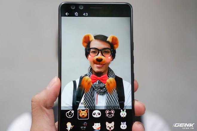 Ảnh thực tế HTC U12 Plus tại Việt Nam: phím bấm cảm biến lực, 4 camera, màn hình tràn viền không tai thỏ - Ảnh 7.