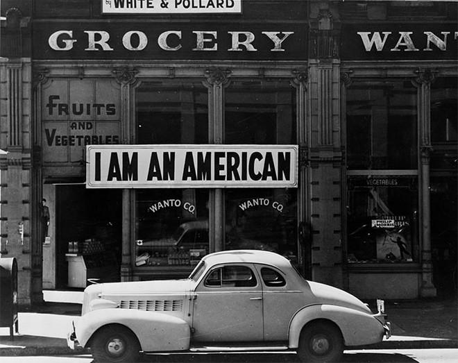 Hình ảnh hoài cổ về chợ búa ở Mỹ trong thế kỷ 20 chắc chắn sẽ khiến bạn ngạc nhiên - Ảnh 9.