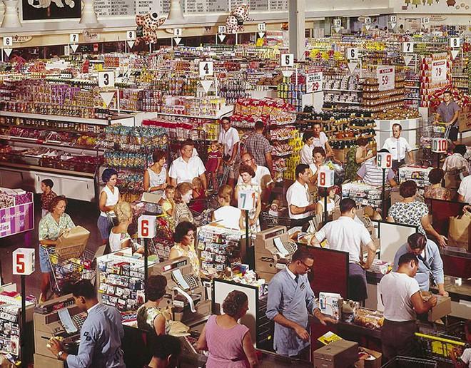 Hình ảnh hoài cổ về chợ búa ở Mỹ trong thế kỷ 20 chắc chắn sẽ khiến bạn ngạc nhiên - Ảnh 12.