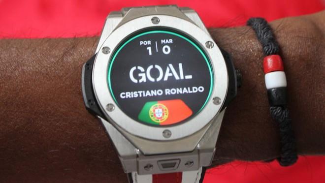Hublot Big Bang Referee - Chiếc smartwatch trị giá 120 triệu trên tay trọng tài tại mỗi trận đấu World Cup 2018 có gì đặc biệt? - Ảnh 4.