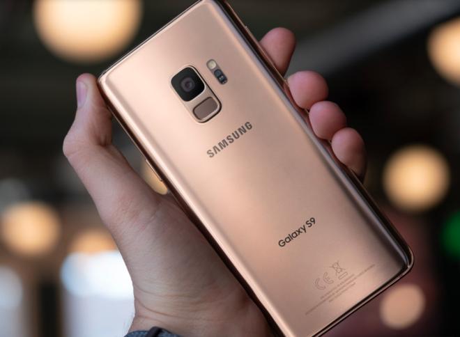 Mối lo của Samsung: Galaxy S9 không bán chạy được như Galaxy S8, mà S8 thì lại không bán chạy được như S7 - Ảnh 2.