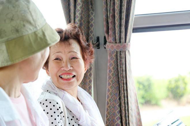Nước Nhật rất lịch sự nhưng người trẻ ít khi nhường ghế cho người già và lí do đặc biệt phía sau - Ảnh 5.