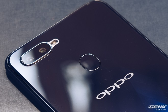 Trên tay Oppo F9 giá 7.69 triệu: Màn hình giọt nước, mặt lưng họa tiết, sạc nhanh VOOC, camera kép - Ảnh 11.