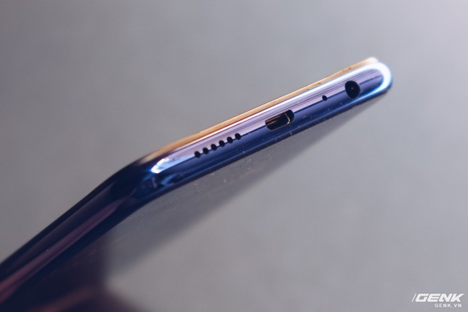 Trên tay Oppo F9 giá 7.69 triệu: Màn hình giọt nước, mặt lưng họa tiết, sạc nhanh VOOC, camera kép - Ảnh 18.