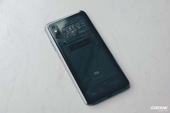 Đây là Xiaomi Mi 8 EE giá 19 triệu tại VN: Mặt lưng trong suốt, vân tay trong màn hình, quét khuôn mặt 3D - Ảnh 10.