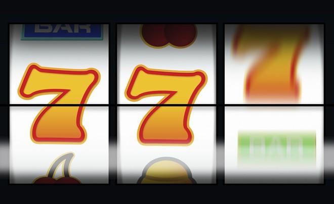 Giáo sư tâm lý học giải mã cách cờ bạc bóp méo sự thật và khiến não bộ bạn dính bẫy - Ảnh 4.