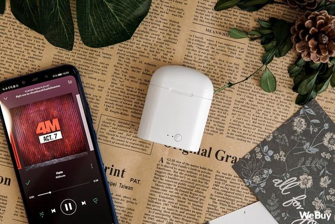 """Có điều kiện thì mua Apple AirPods, còn con nhà nghèo dùng chiếc tai nghe """"nhái bén"""" này được không? - Ảnh 10."""