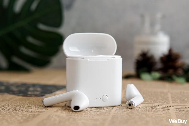 """Có điều kiện thì mua Apple AirPods, còn con nhà nghèo dùng chiếc tai nghe """"nhái bén"""" này được không? - Ảnh 6."""