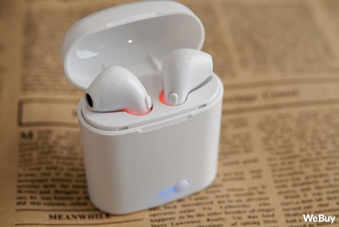 """Có điều kiện thì mua Apple AirPods, còn con nhà nghèo dùng chiếc tai nghe """"nhái bén"""" này được không? - Ảnh 8."""
