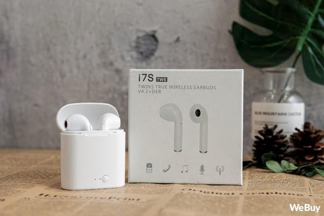 """Có điều kiện thì mua Apple AirPods, còn con nhà nghèo dùng chiếc tai nghe """"nhái bén"""" này được không? - Ảnh 4."""