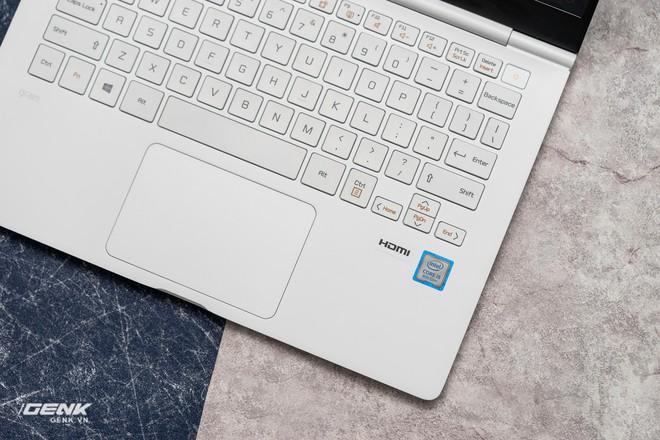 Đập hộp máy tính xách tay LG Gram 2018 - Mạnh mẽ nhưng nhẹ như lông hồng - Ảnh 10.