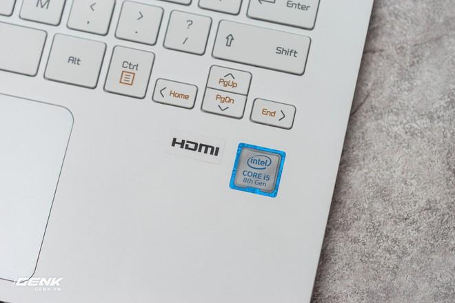 Đập hộp máy tính xách tay LG Gram 2018 - Mạnh mẽ nhưng nhẹ như lông hồng - Ảnh 12.