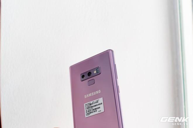 Trên tay Samsung Galaxy Note9 Lavender Purple bản đặc biệt chỉ bán tại Hàn Quốc: màu tím thời thượng tặng kèm 2 bút S-Pen - Ảnh 8.