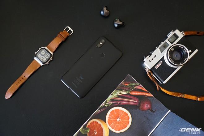 Đánh giá Mi A2: chiếc Android One thứ hai của Xiaomi đã làm tốt đến đâu? - Ảnh 1.