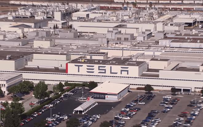 Vừa khởi một kiện nhân viên vì tội phá hoại, Tesla đã bị chính nhân viên đó kiện ngược - Ảnh 3.