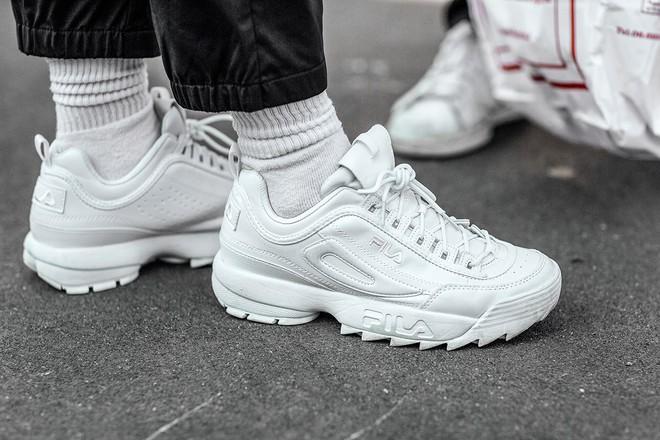 Disruptor: Hit sneakers trong những năm 1990s đang dẫn đầu sự hồi sinh của Fila - Ảnh 1.
