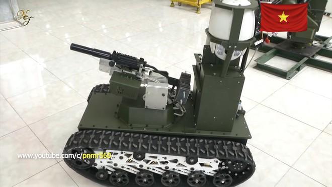 Cận cảnh robot chiến đấu tự hành Made in Việt Nam: không sợ thời tiết khắc nghiệt, tự động sử dụng vũ khí tiêu diệt mục tiêu - Ảnh 5.