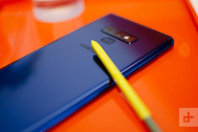Samsung Galaxy Note 9 vs. OnePlus 6: đắt gấp đôi liệu chất lượng có gấp đôi? - Ảnh 2.