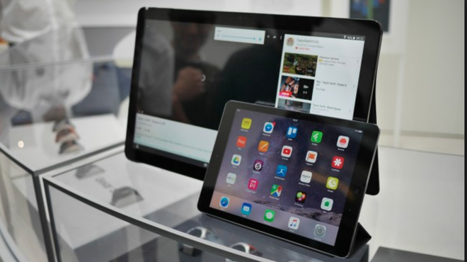 Máy tính bảng khổng lồ 17,5 inch Samsung Galaxy View 2 có thể đang được phát triển - Ảnh 1.