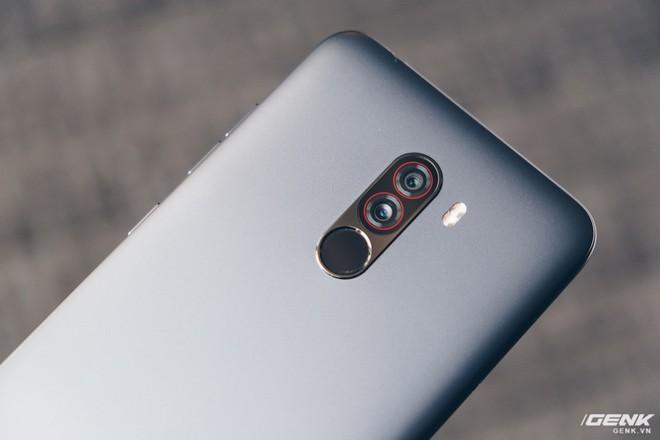 Trên tay Pocophone F1 chính hãng: 7.99 triệu có Snapdragon 845, pin 4000mAh, tai thỏ, camera kép - Ảnh 7.