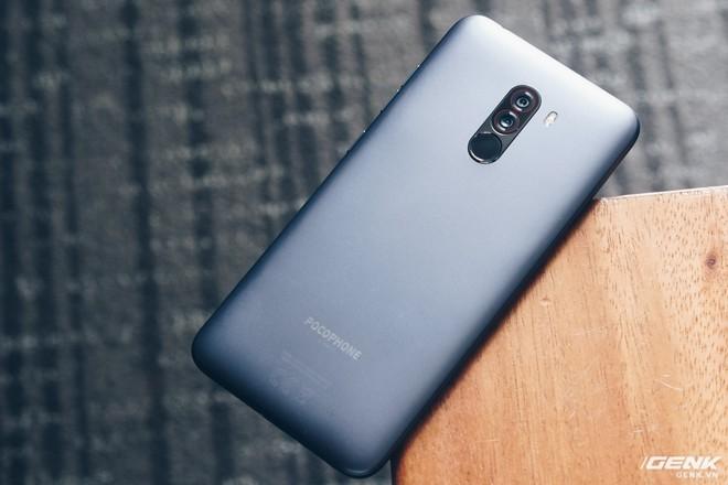 Trên tay Pocophone F1 chính hãng: 7.99 triệu có Snapdragon 845, pin 4000mAh, tai thỏ, camera kép - Ảnh 6.