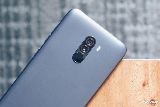 Trên tay Pocophone F1 chính hãng: 7.99 triệu có Snapdragon 845, pin 4000mAh, tai thỏ, camera kép - Ảnh 17.