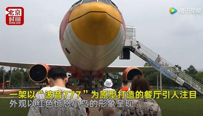 Đại gia Trung Quốc chi 1,5 triệu USD để sơn máy bay hình Angry Bird và mở nhà hàng, bảo tàng bên trong - Ảnh 2.