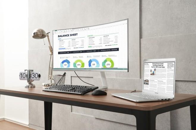 Trước thềm IFA, Samsung bất ngờ giới thiệu TV QLED Quantum Dot màn hình cong với Thunderbolt 3 - Ảnh 1.