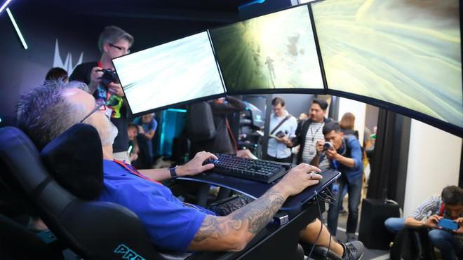 [IFA 2018] Acer ra mắt ghế gaming Predator Thronos với thiết kế cực ngầu - Ảnh 1.