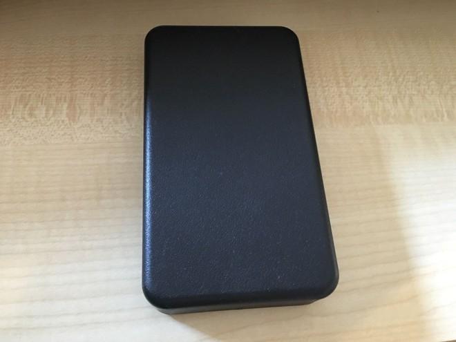 Một chiếc iPhone nguyên mẫu sản xuất thủ công tại Cupertino, chạy OS X, vẫn hoạt động tốt đang được đấu giá trên eBay - Ảnh 2.