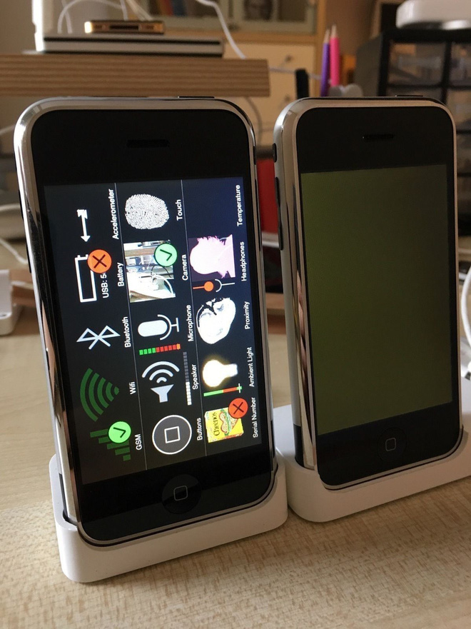 Một chiếc iPhone nguyên mẫu sản xuất thủ công tại Cupertino, chạy OS X, vẫn hoạt động tốt đang được đấu giá trên eBay - Ảnh 7.