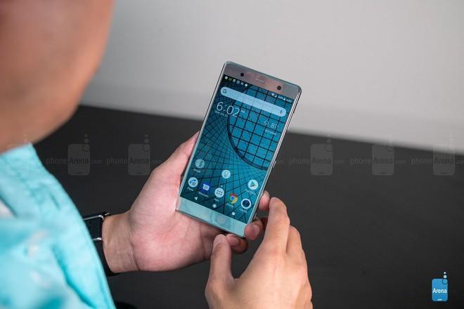 Vì sao Sony nói không cần QHD, rồi lại ra mắt smartphone 4K rồi giờ lại chọn QHD+ cho XZ3? - Ảnh 3.