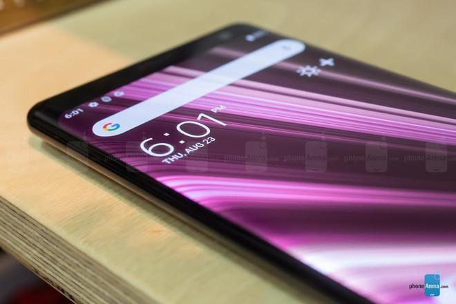 Vì sao Sony nói không cần QHD, rồi lại ra mắt smartphone 4K rồi giờ lại chọn QHD+ cho XZ3? - Ảnh 4.