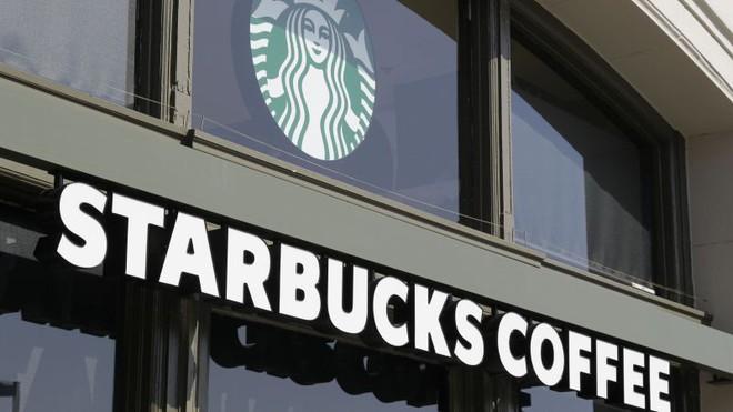 Starbucks khẳng định sẽ không có chuyện mua cà phê bằng Bitcoin - Ảnh 1.
