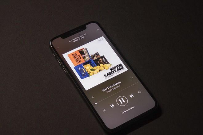 Tim Cook: Chúng tôi làm Apple Music không phải vì tiền - Ảnh 1.