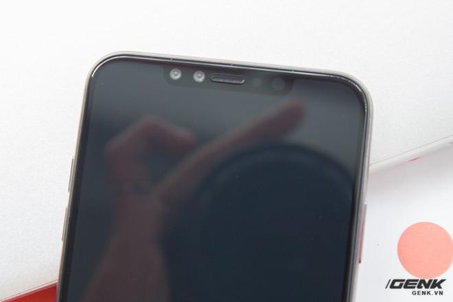 Trên tay mô hình iPhone X Plus đầu tiên tại VN và so sánh với iPhone X - Ảnh 10.