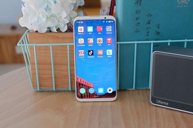 Meizu trình làng bộ đôi 16 và 16 Plus, thiết kế đẹp, cảm biến vân tay dưới màn hình, Snapdragon 845, giá dưới 400 USD - Ảnh 5.