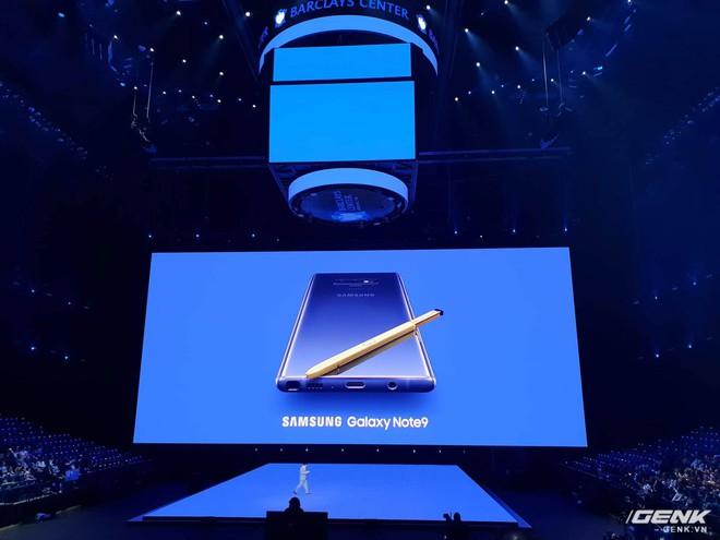 Samsung ra mắt Galaxy Note9: Bút S-Pen mới, pin 4000mAh, dung lượng 512GB, camera AI - Ảnh 1.