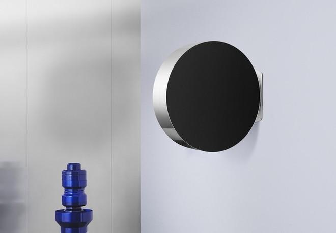 Bang & Olufsen tung mẫu loa Beosound Edge mới, thiết kế hình tròn giống bánh xe, có thể treo tường dễ dàng - Ảnh 5.