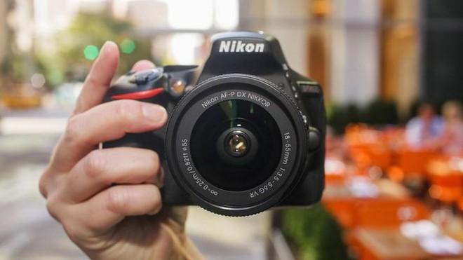 Bạn gọi tên thương hiệu máy ảnh Nikon như thế nào? Hãy nghe thử cách phát âm Nikon chuẩn theo tiếng Nhật - Ảnh 1.