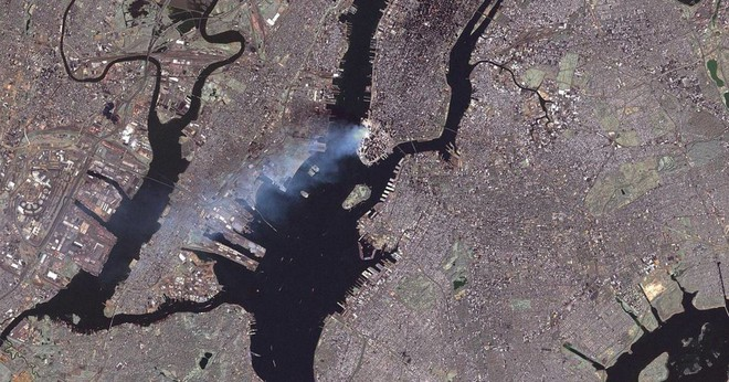 Những hình ảnh từ vệ tinh NASA về cuộc tấn công 11/9 - Ảnh 2.