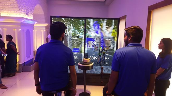 Bên trong cửa hàng bán lẻ và trải nghiệm sản phẩm lớn nhất thế giới của Samsung - Ảnh 7.