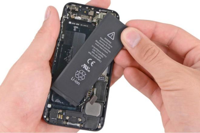 Bắt đầu từ năm 2019, Apple sẽ nâng giá thay pin iPhone cũ từ 29 USD lên 69 USD - Ảnh 2.
